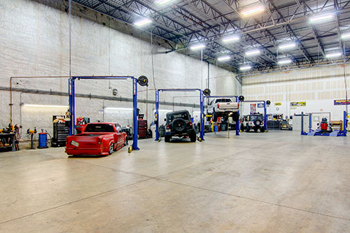 Jacksonville 4 Wheel Parts has state-of-the-art service bays